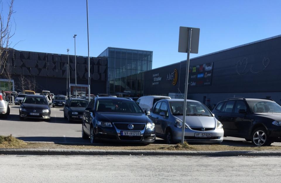Klar for handletur på amfi i Steinkjer
